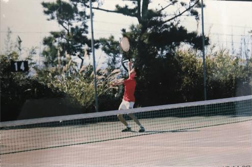 現在は副キャプテンとしてテニスに打ち込むYくん。インタビューの日も、試合後に体と同じくらいの大きな荷物を持ったままキャタルに駆けつけてくれました。